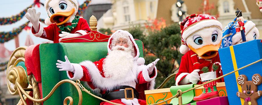 Disneyland Paris, la Parade de Noël