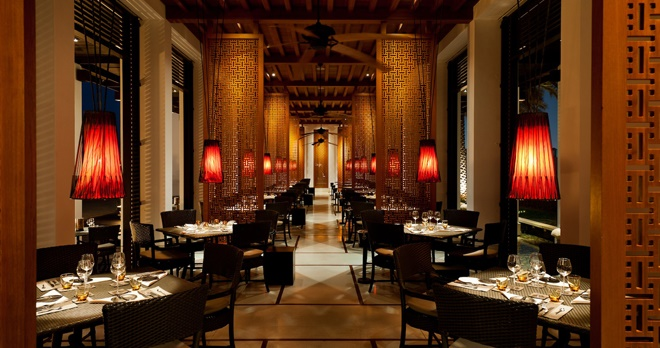 The Beach Restaurant, intérieur - copyright The Chedi Muscat Hotel