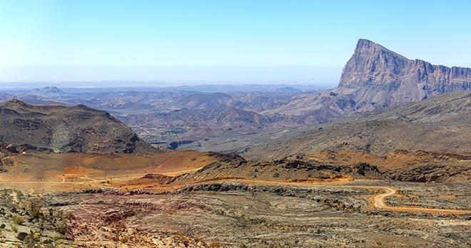 Jebel Shams -copyright Ivan Pavlov / Shutterstock