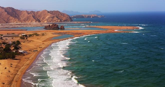 Yiti beach Proche de  Muscat, Oman - Copyright Ivan Pavlov / Shutterstock