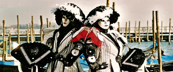 Carnaval de Venise 7 jours/6 nuits en pension complète Départs les 1er & 8 février 2018 CARNAVAL DE VENISE à partir de 995 € ttc au lieu de 995 € ttc