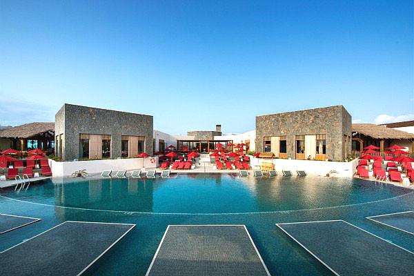 Fuerteventura  Du soleil toute l'année sur ce petit paradis naturel de l'Atlantique..  N'hésitez plus !   Bons plans à partir de 0 € ttc
