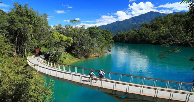 Sun Moon Lake paysages -  copyright Bureau Tourism Taiwan copyright